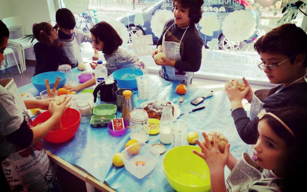 Little Chefs: rainbow muffins